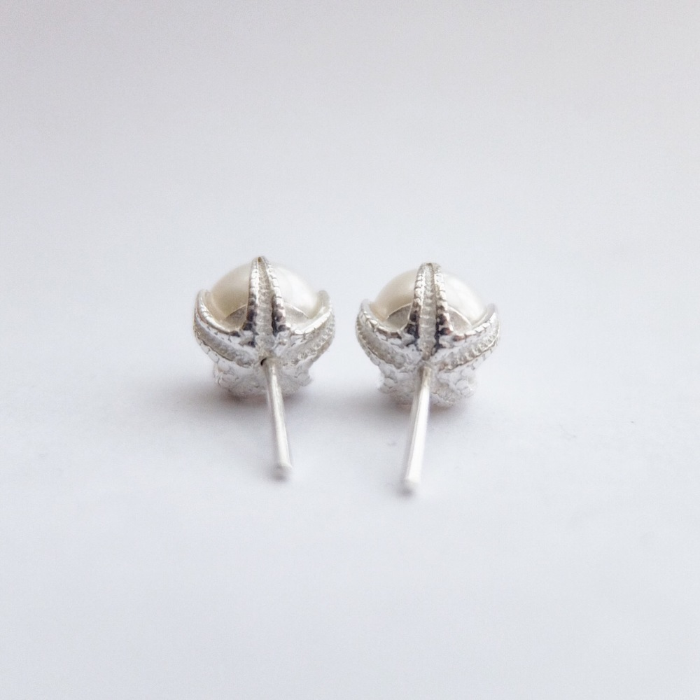 lustre pearl earrings bespoke handmade freshwater pearl studs sterling silver designer bridal jewellery pearls earrings wedding jewellery bride gifts white pearl simple jewelry made in devon uk exeter jasmine bowden.jpg