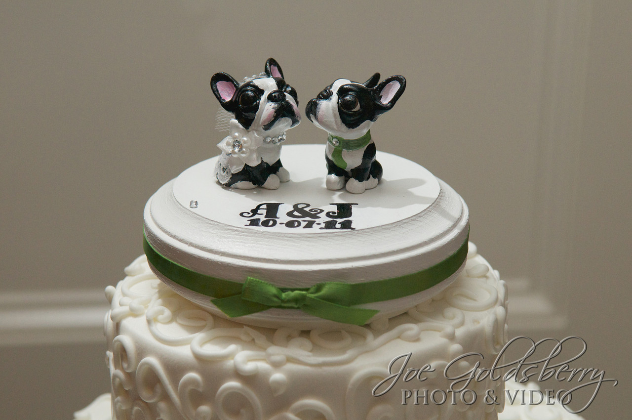 Allison & Jason showed off the love for their dogs with their Boston Terrier cake topper.
