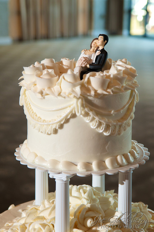 Classic cake topper