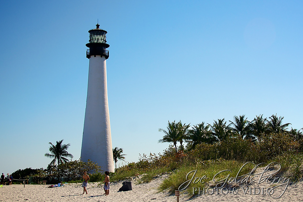 What could be cooler than a lighthosue flanked by palm trees? Cape Florida Lighthouse fits the bill!