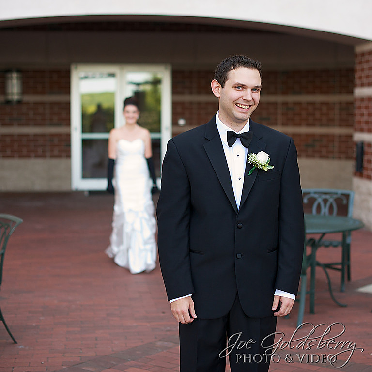 Jen & Cody: first look in the courtyard at Quincy Marriott.