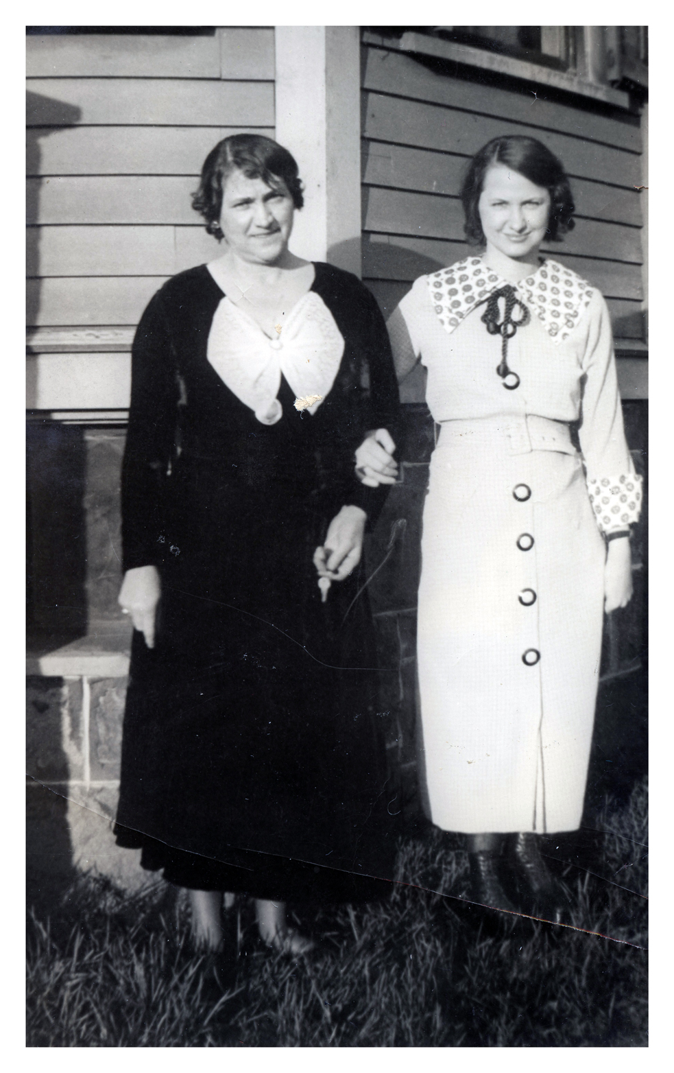 Martha and Hilda c1925