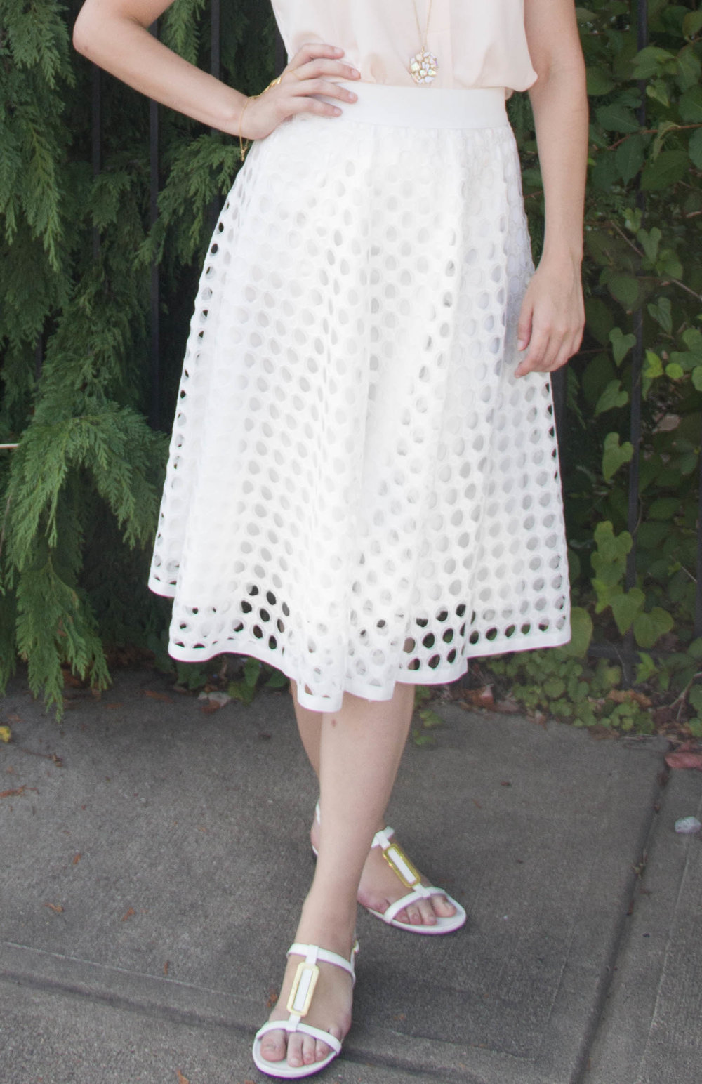 Love the skirt? You can get it  here !