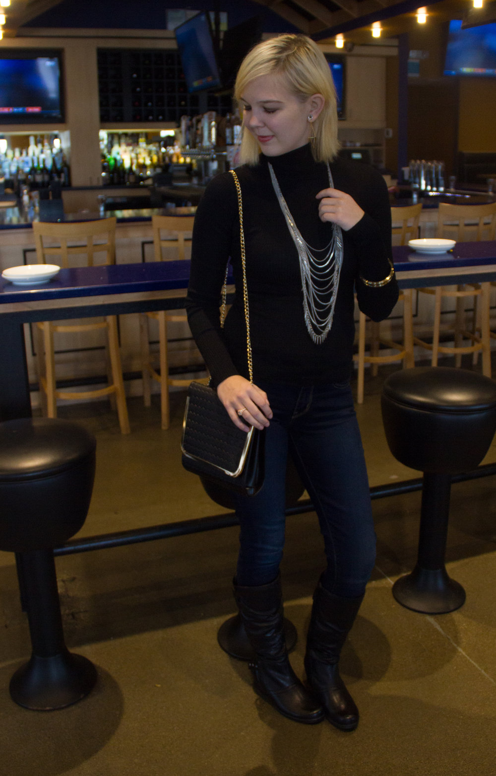 Gold and black chain purse compliments of my sponsor,  SheIn . Love it? You can get it  HERE .