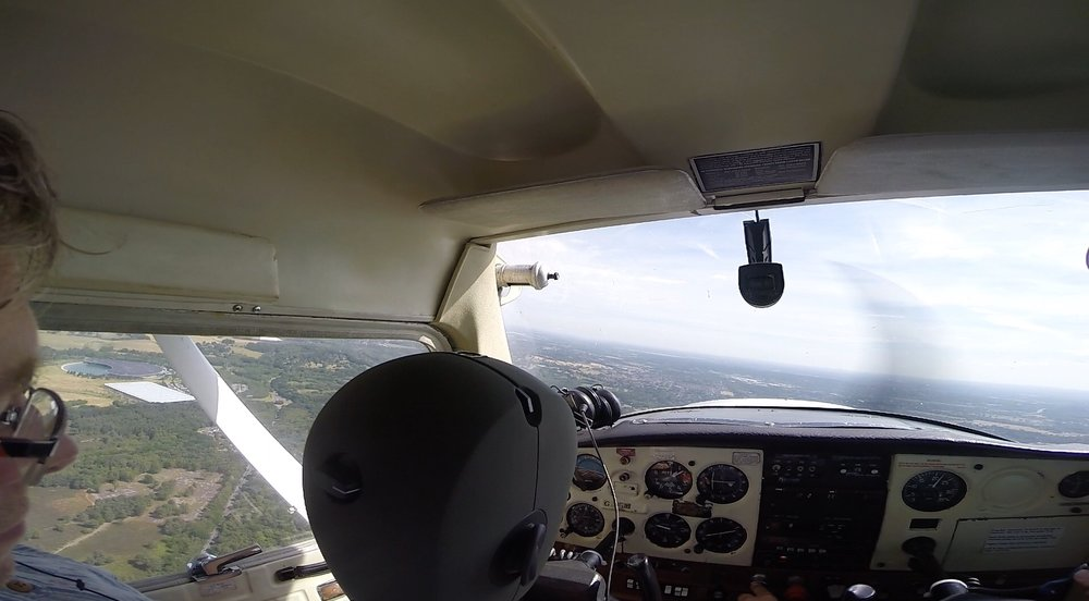 Recording Cessna in flight