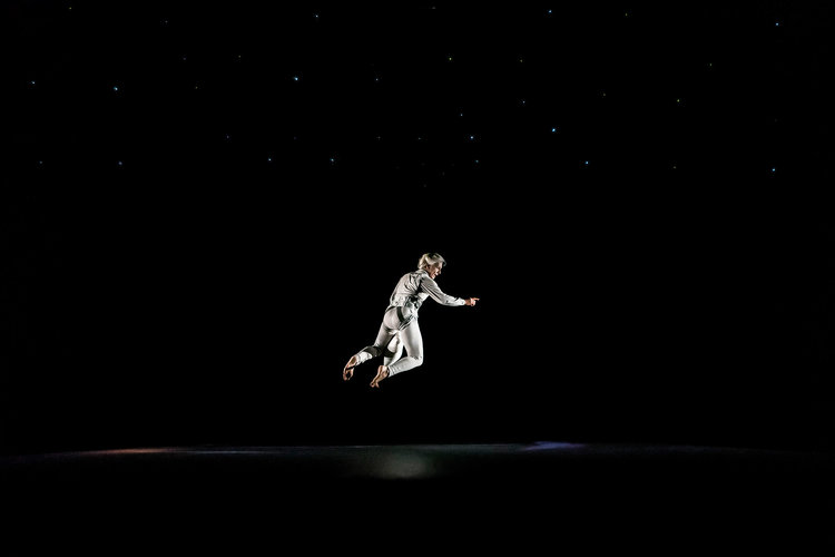 juliet_stevenson_in_wings_at_the_young_vic._credit_johan_persson.jpg