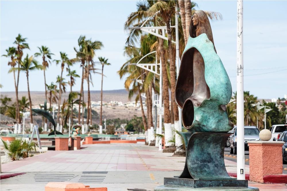 escultura-reina-de-los-mares-la-paz-baja-california-sur-mexico.jpg