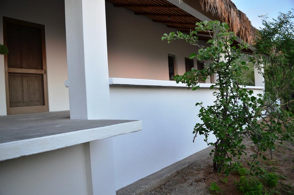 rancho-sierra-cacachilas-cuartos-grupos-vistantes-la-paz-mexico.JPG
