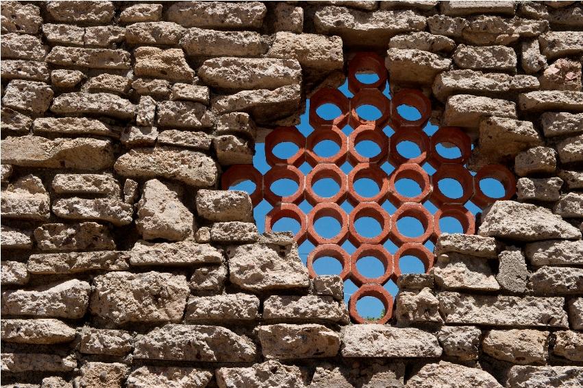 recycled-concrete-curb-ecological-wall-construction-la-paz-baja-sur.jpg