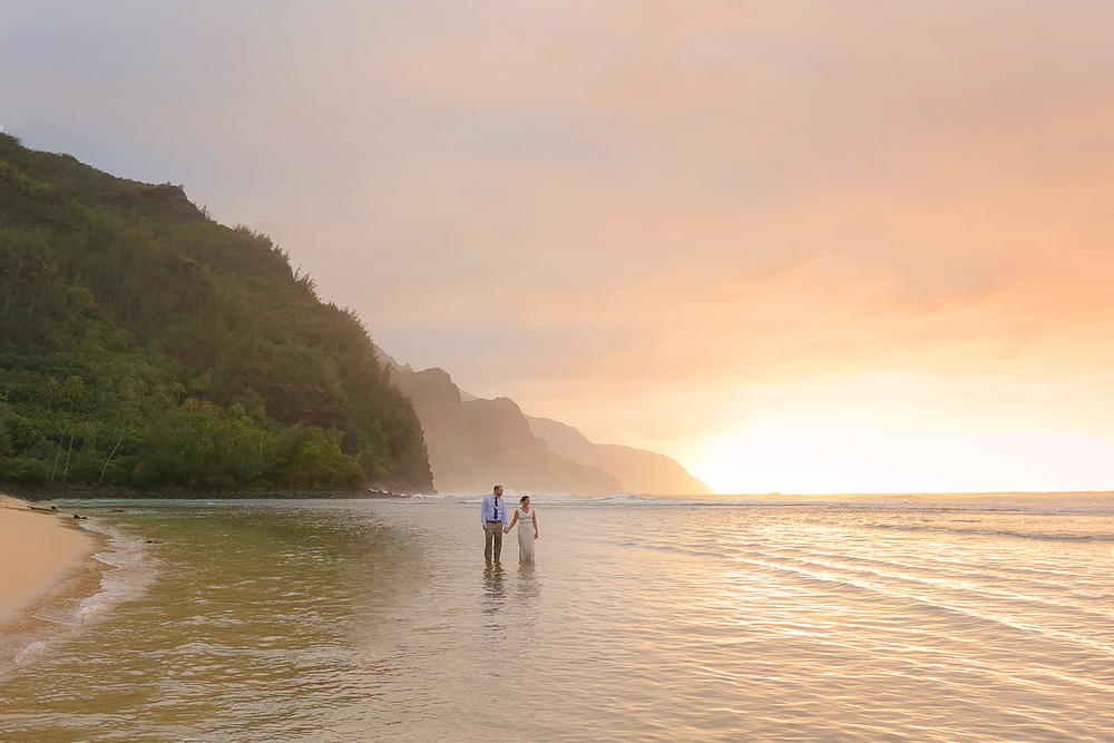 Maui-Elopement-Photographers.jpg