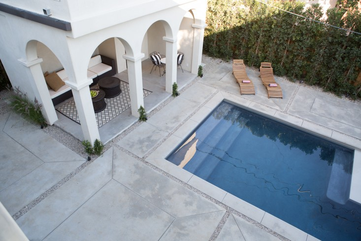 Leigh-Herzig-spec-house-West-Hollywood-photographed-by-Laure-Joliet-Remodelista-29.jpg