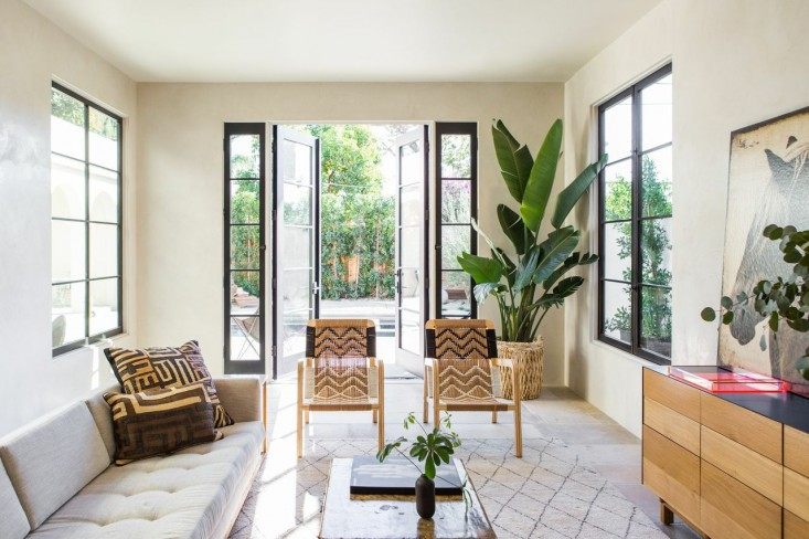 West-Hollywood-spec-house-by-Leigh-Herzig-photograph-by-Laure-Joliet-Remodelista-35.jpg