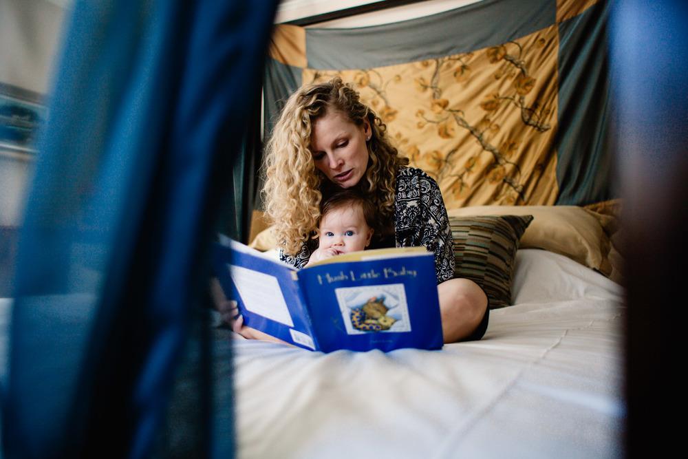 Reading to Baby | Jennifer Tippett Photography