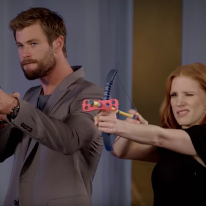 Chris Hemsworth & Jessica Chastain -