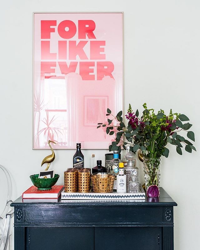 #Repost @apartmenttherapy with @Rep0stApp • • • • • • • It's no secret we love small spaces here at Apartment Therapy. However, we know they can bring many challenges when it comes to decor. Tiny details can make a big, big difference so we've rounded up five details that are game changing for small spaces. Image: Pablo Enriquez | Home: Tamar Levine) thanks for spotting this @mlewisnyc