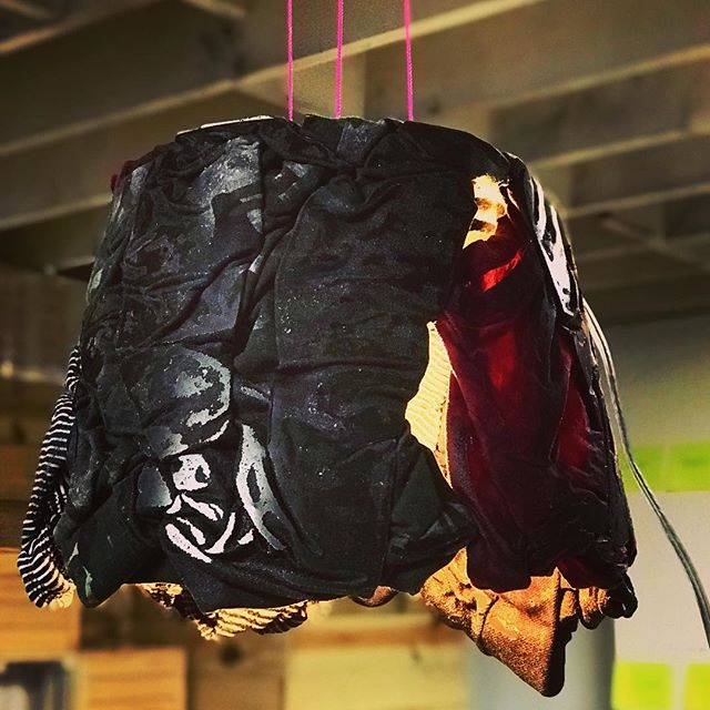 Collaboration with @nomadtri.be Design of a lamp made out of unwanted clothing. They wanted to create elements that talked about how they recycle post consumer clothing to make new collections #recycledart #sustainability #zerowaste #art