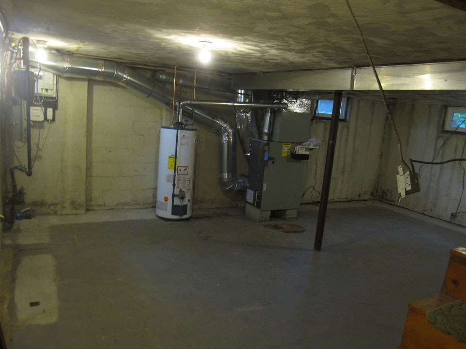 arlington-basement-remodeling-before.jpg