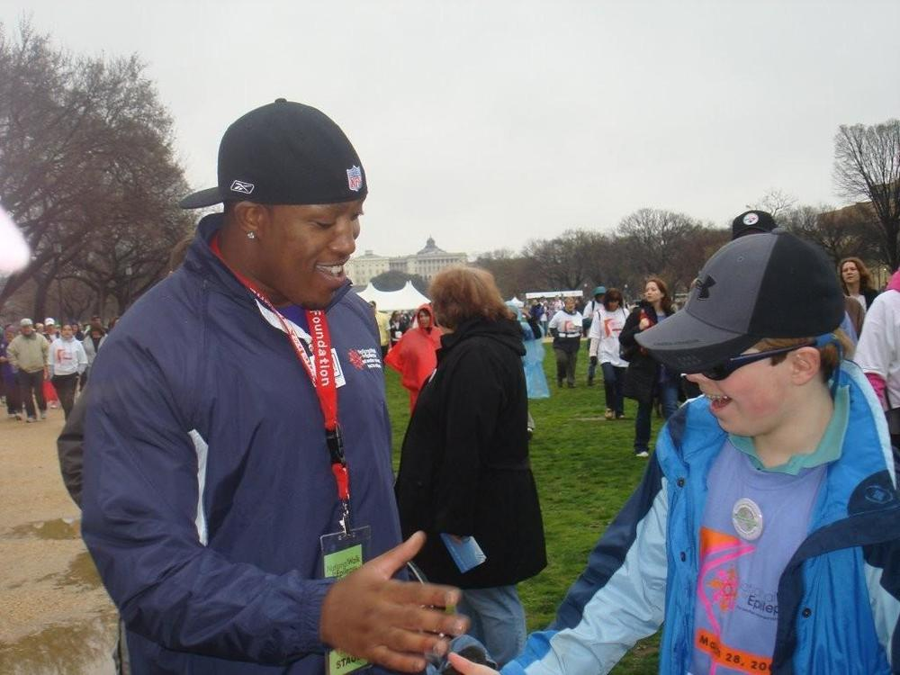 Falcons' Jason Snelling Becomes Spokesperson for the National Walk for Epilepsy.jpg
