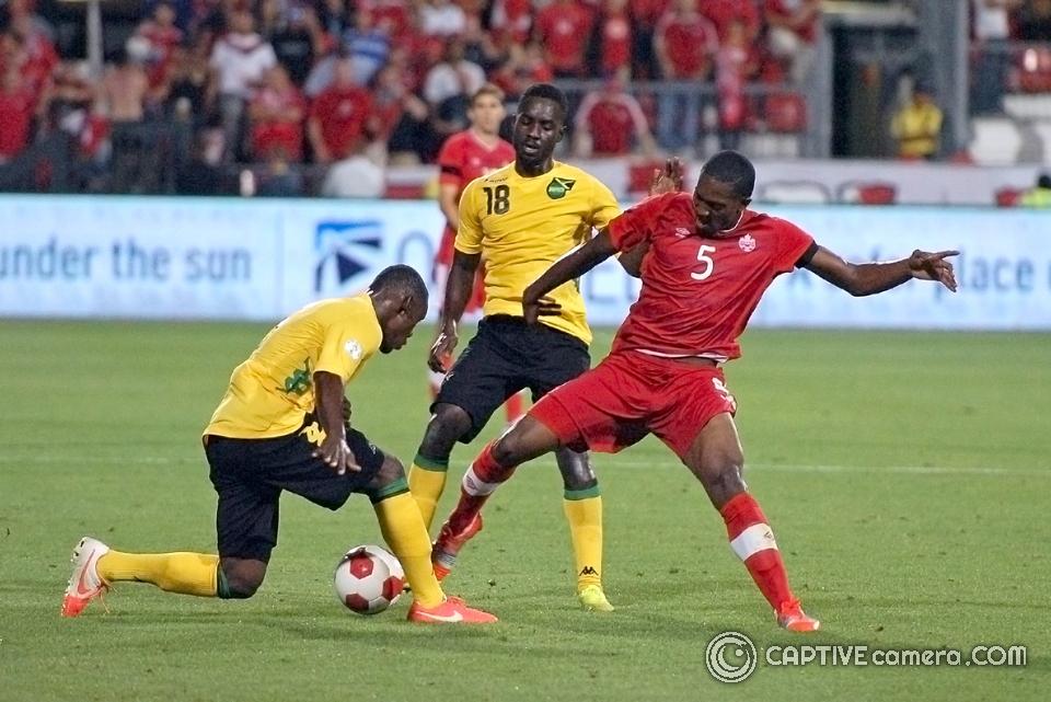 Doneil Henry vs Jamaica
