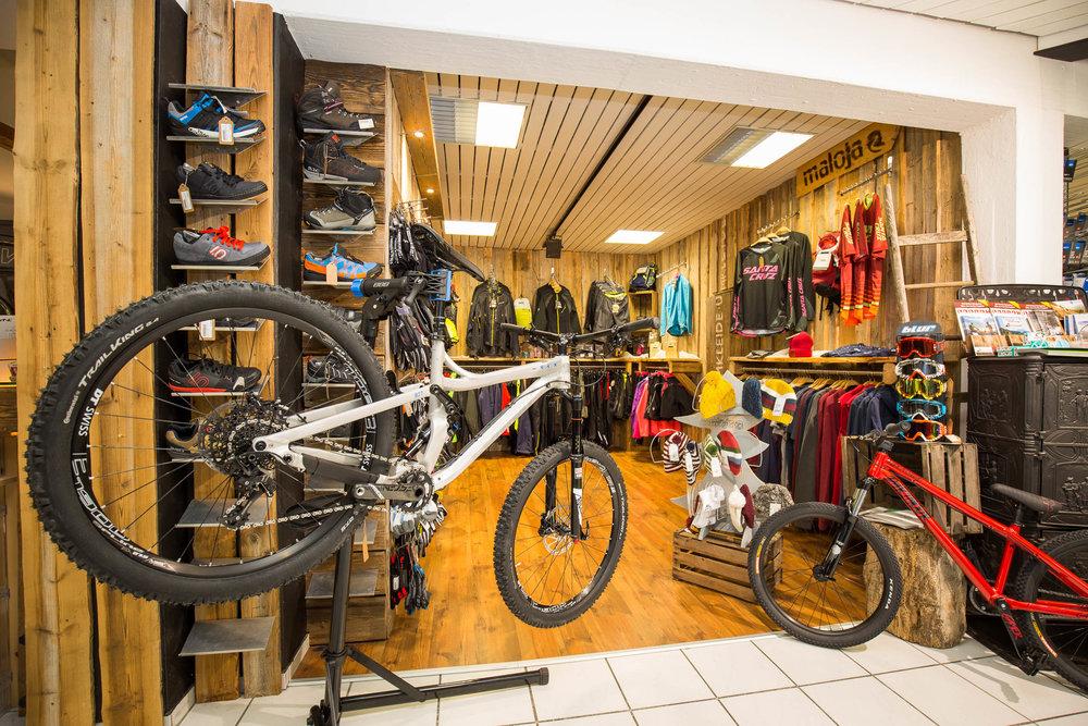 Bikewear & Protection