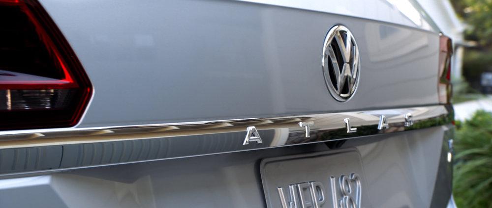 VW_ATLAS_WALKAROUND_DC_Cutdown_004.01_00_14_10.Still004.jpg