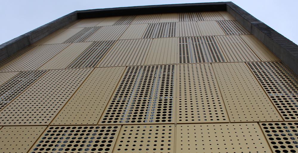 Perforert Petal Classic - Bygg: Østfold sentralsykehus