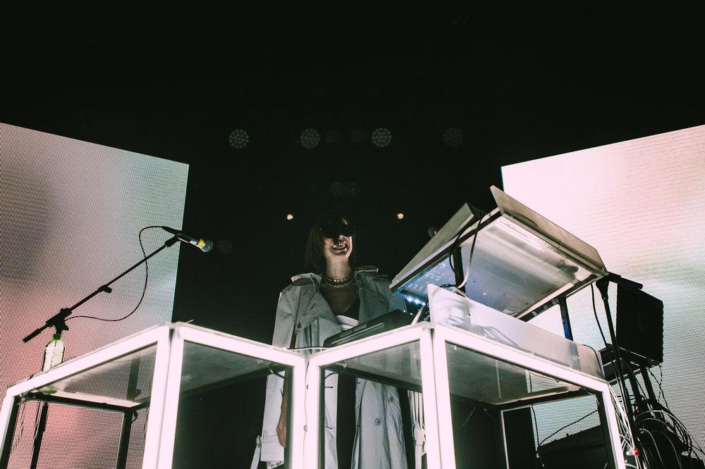 Elohim-CommodoreBallroom-14-05-2018-Vancouver-8.jpg