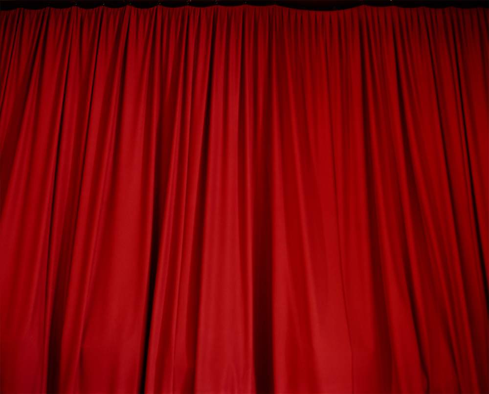 curtain1small.jpg