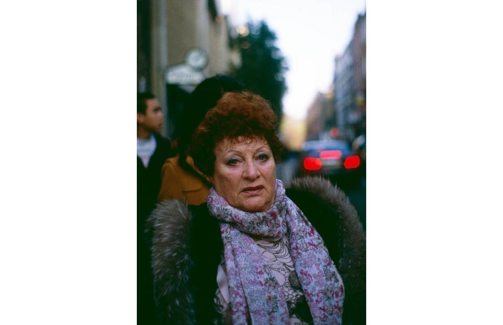 woman+scarf.jpg