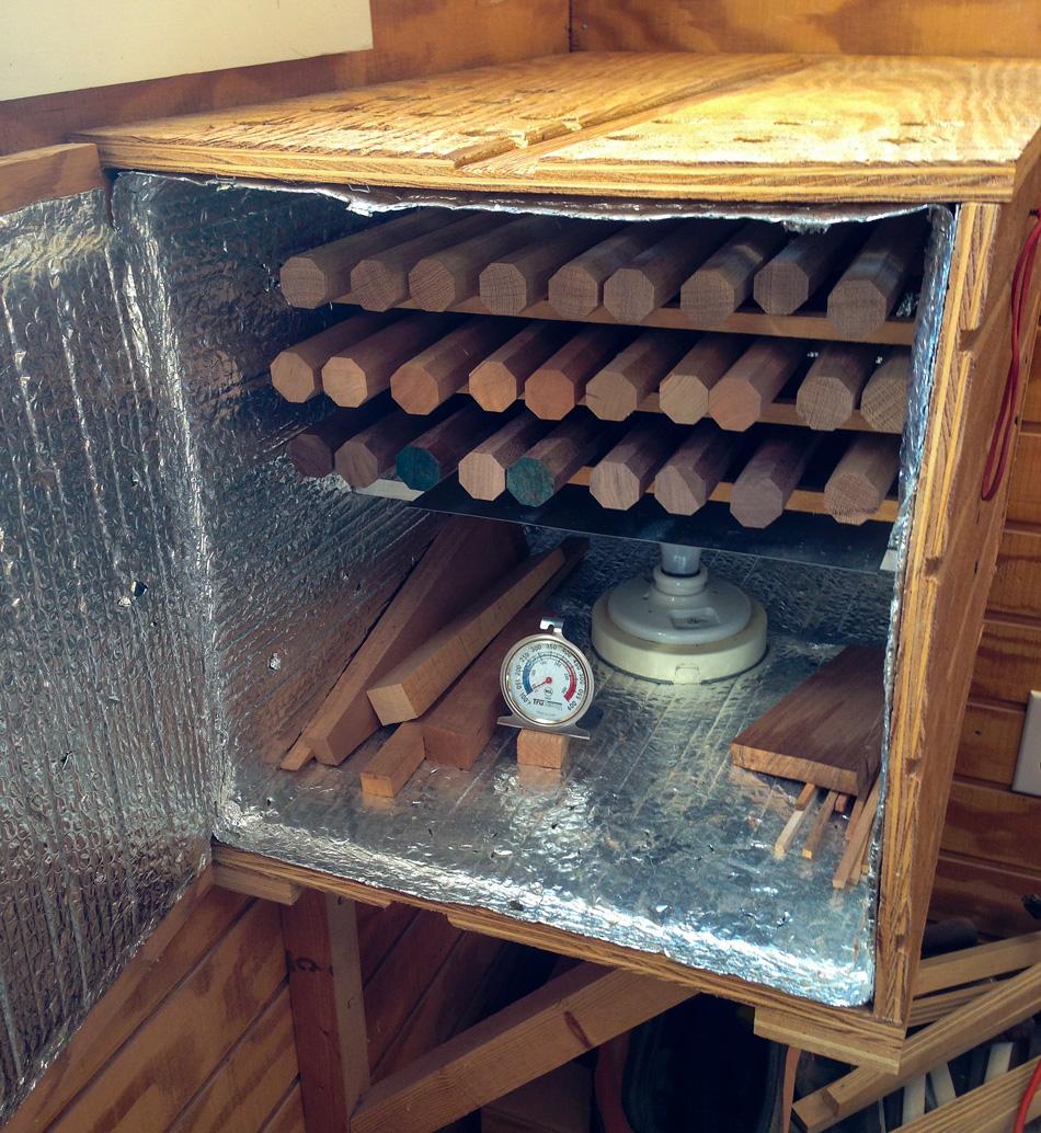 A light bulb kiln for drying rungs