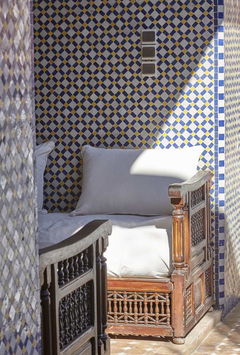 Copy of salon et zelliges riad jardin secret marrakech maroc