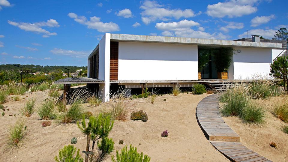casa do pego es una casa de una sola planta situada a metros de la playa de pego cerca de comporta