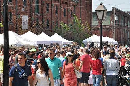 Great Crowds at the Distillery Historic District