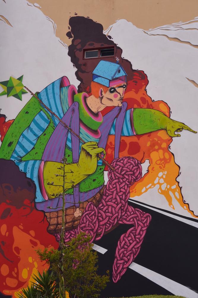Superhero grafitti.jpg