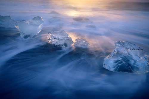 Small-ice-sculptures-at-sunrise-web.jpg