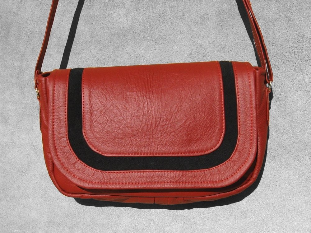 3)Arrowsmith Flap, Red with Cutout Black.jpg