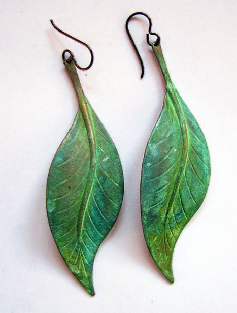 Leaf_earring-_large_green.jpg