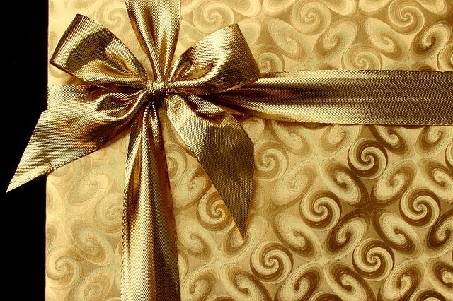 gift-1008894_640.jpg