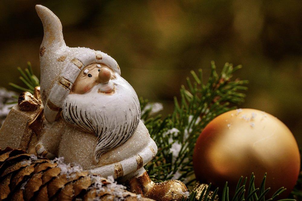christmas-3805334_1920.jpg