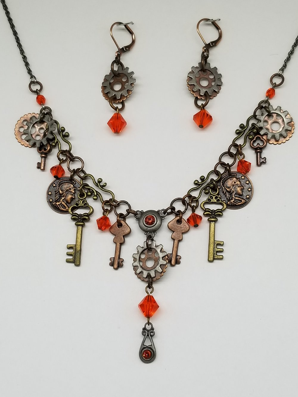Short Steampunk Necklace.jpg