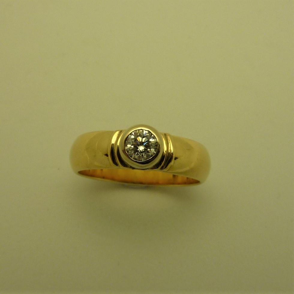 Minny - diamond 14k w&Y ring  (3).JPG