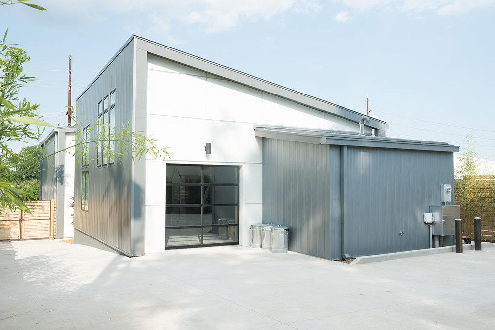 white-avenue-studio-structure-4.jpg
