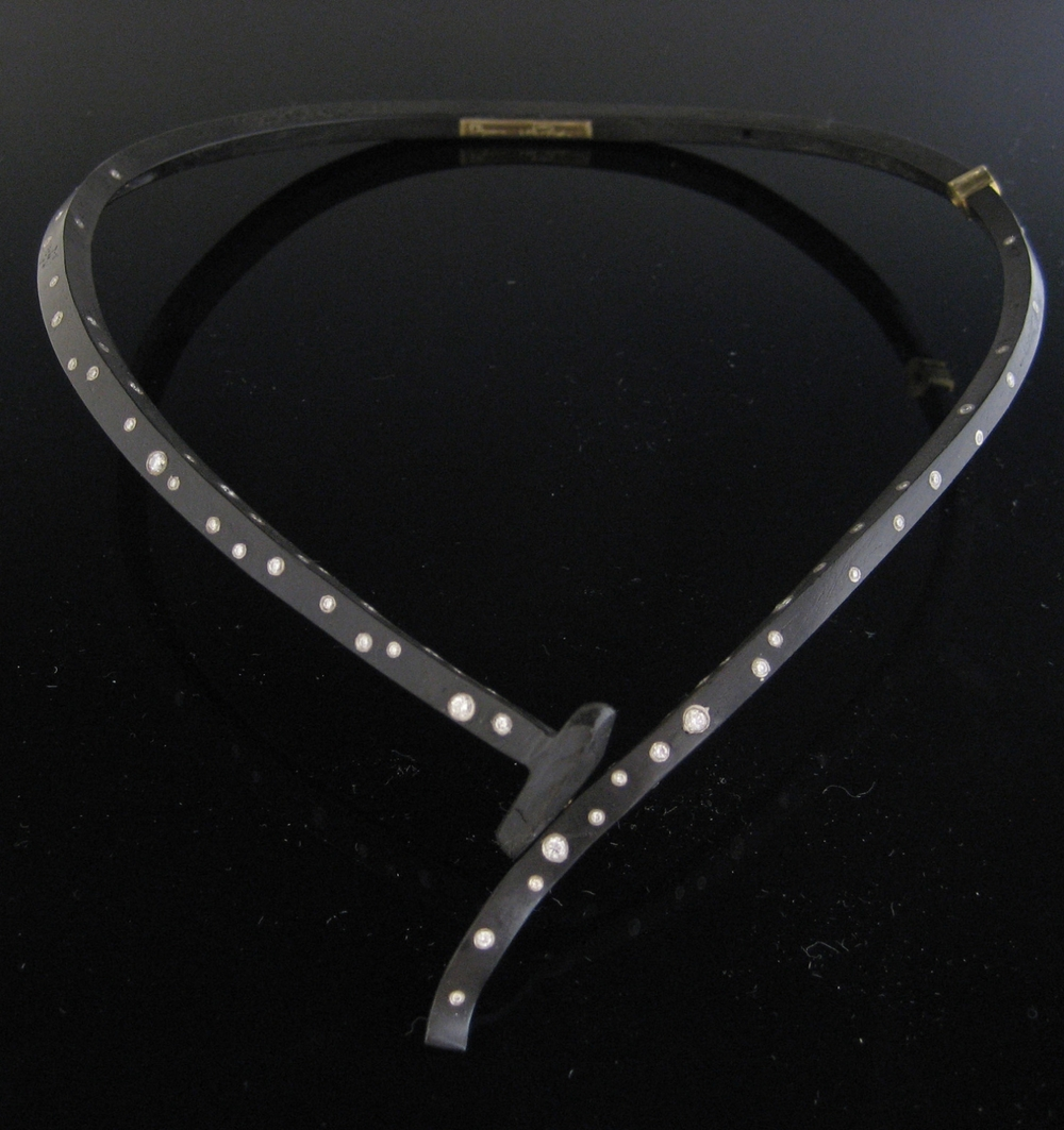 Diamond Sprinkle Neckpiece