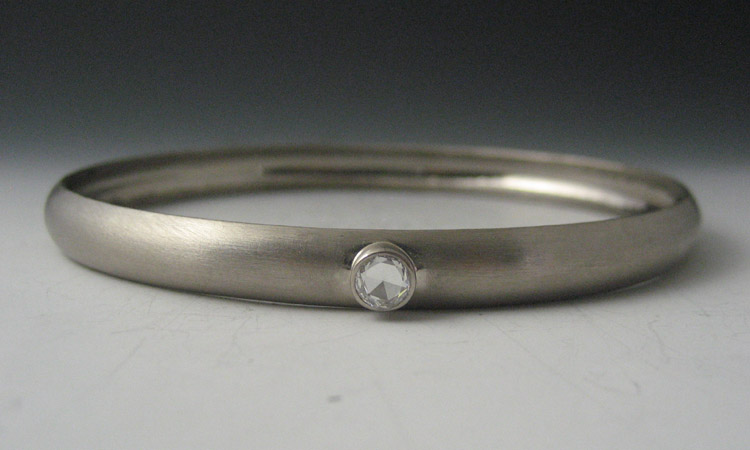 18K White Gold with Diamond Bangle