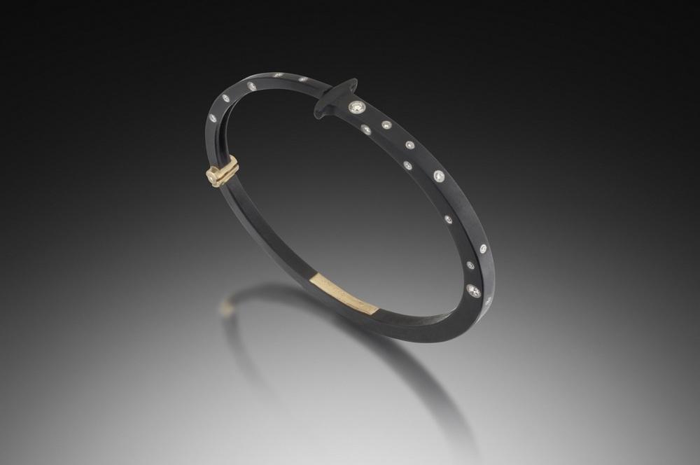 Top Half Sprinkle Nail Bracelet