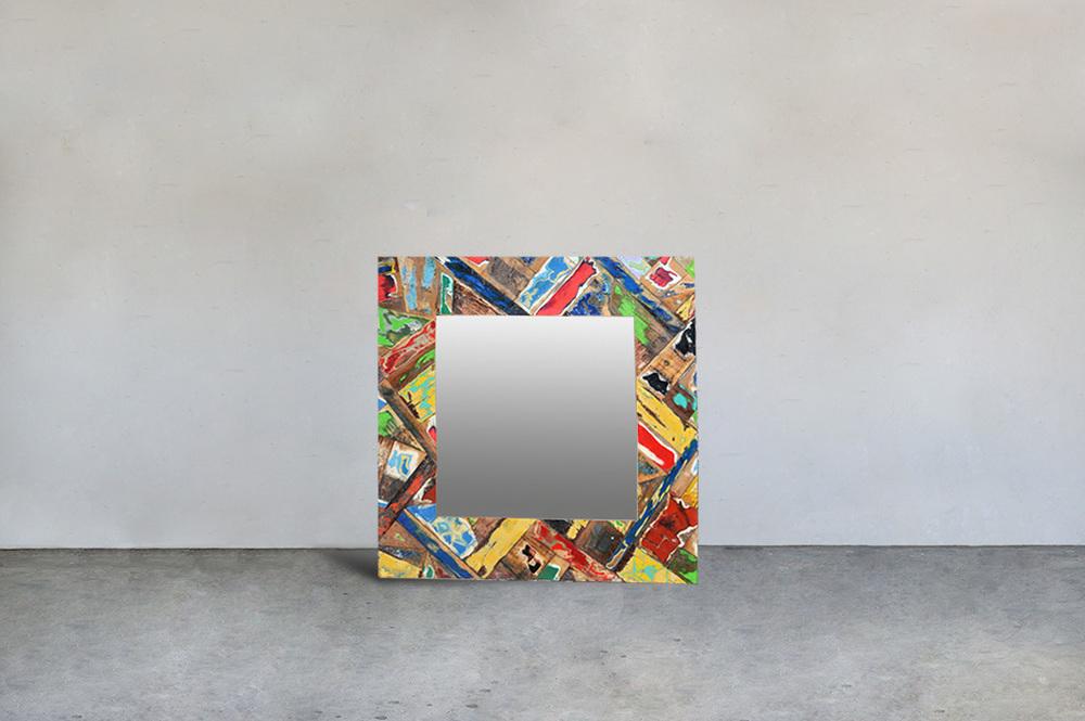 Зеркало из лодок Recycled / MIRROW