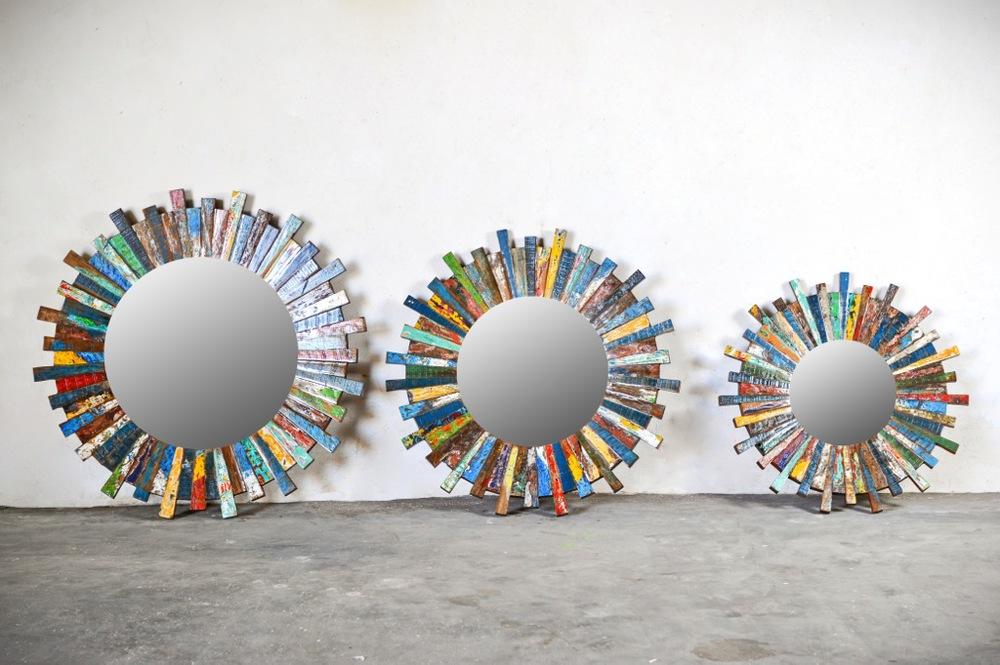 _для сайтаТрио круглых цветных зеркал.jpg