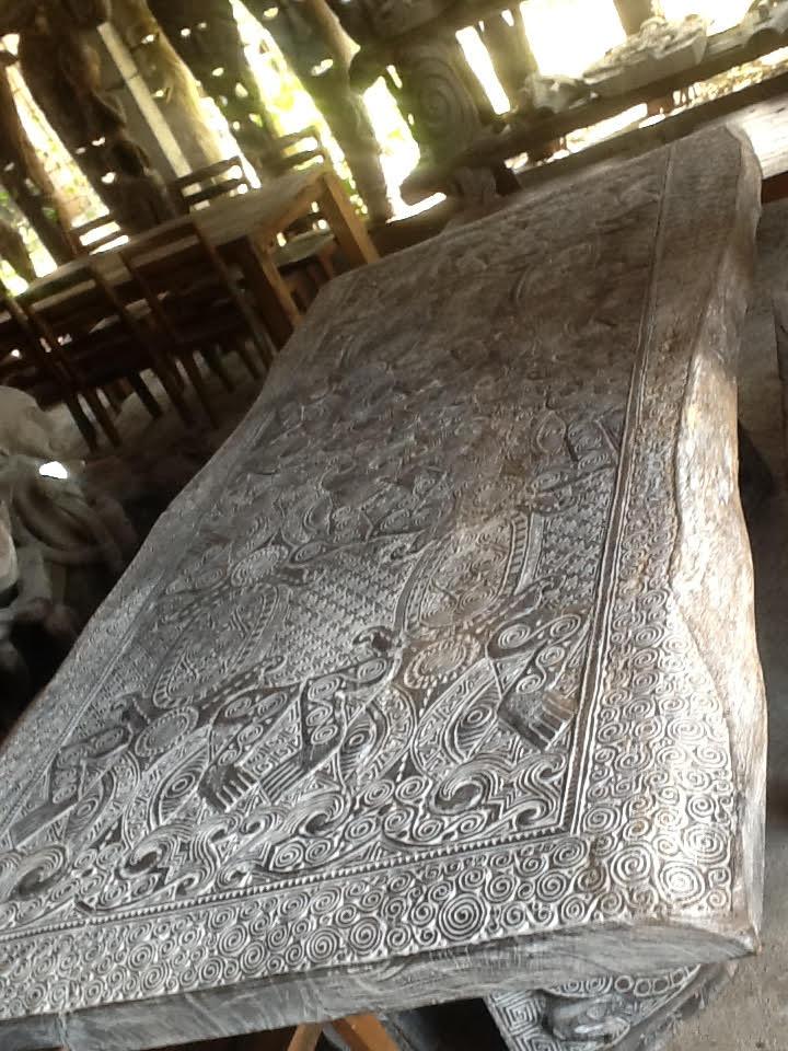 Suar + Ethnic Материал:слэб деревасуар, ручная резьба Размеры: 300x150х12 см