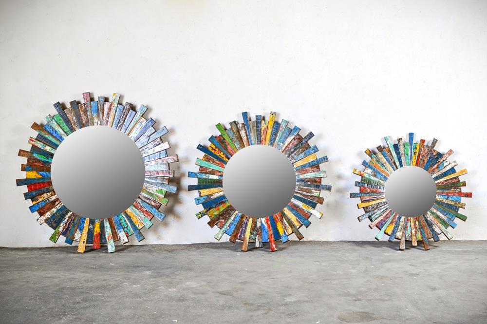 Трио круглых цветных зеркал_для сайта.jpg