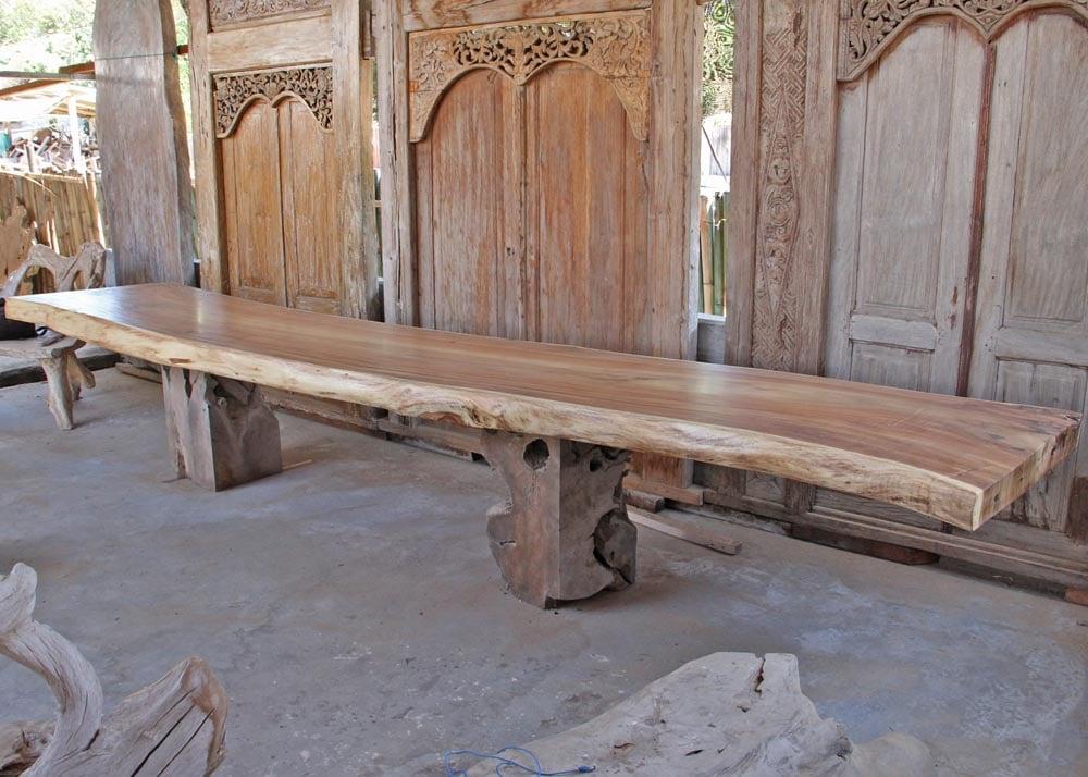 GIANT SUAR Материал:слэб деревасуар Размеры: 503x103х11 см